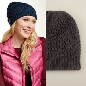 North Face Slouch Shinksy Beanie Hat 30-21